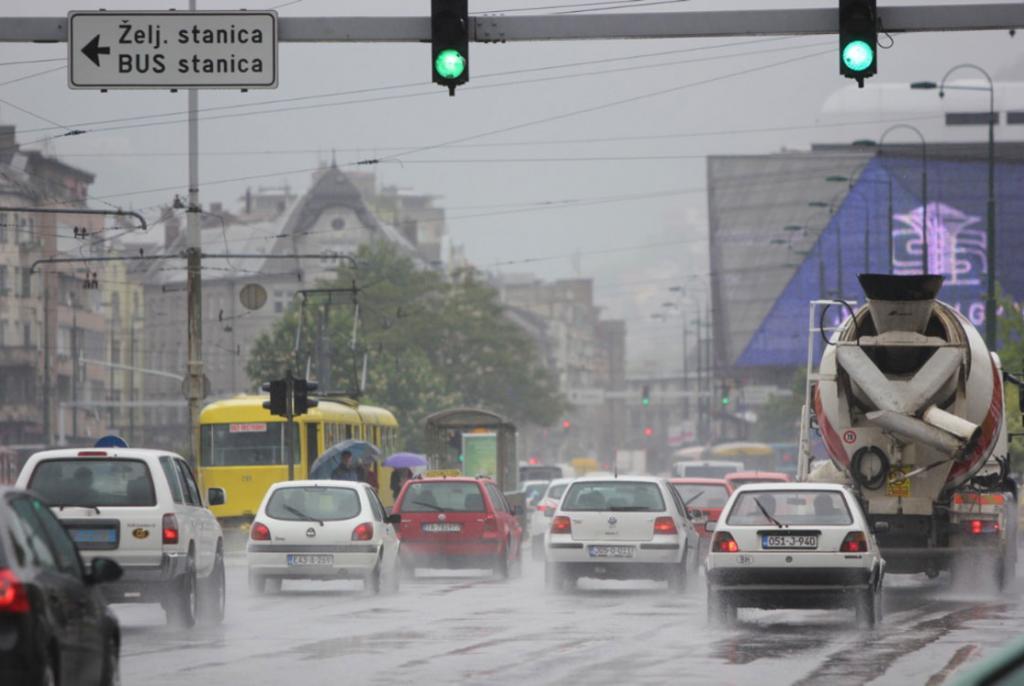 voziti po kiši