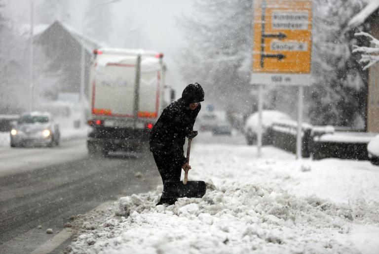 čistiti snijeg
