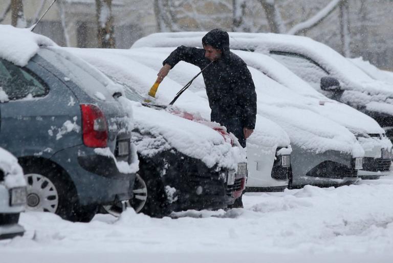 led snijeg auto