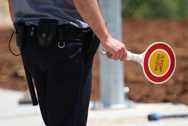 prometni policajac