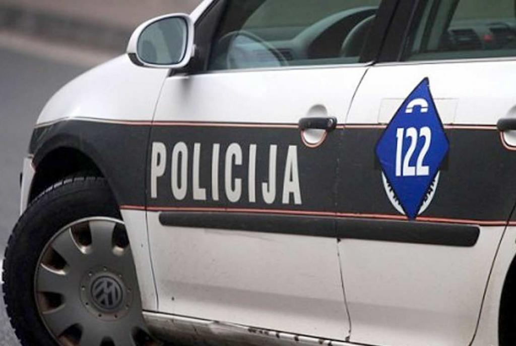 policija auto