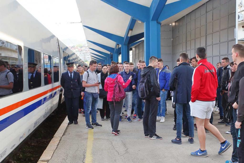 vlak peron