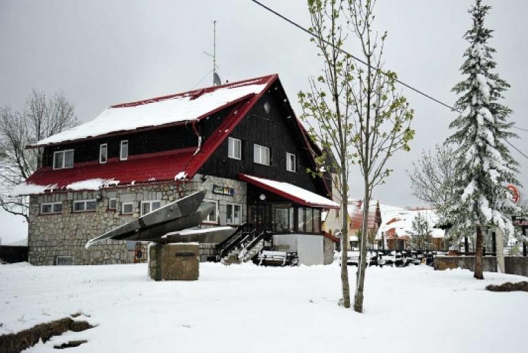 planinska kuća zima